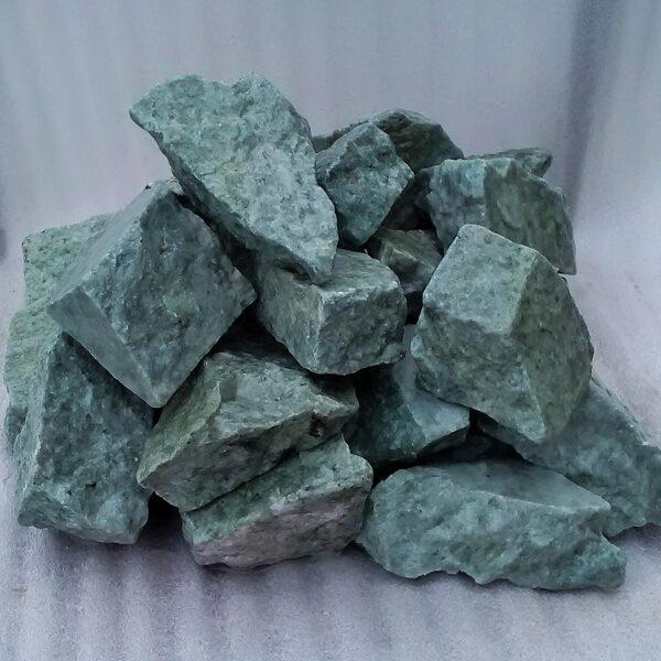 Skaldīts žadeīts (pirts akmeņi; 6-8 cm; 10 kg)