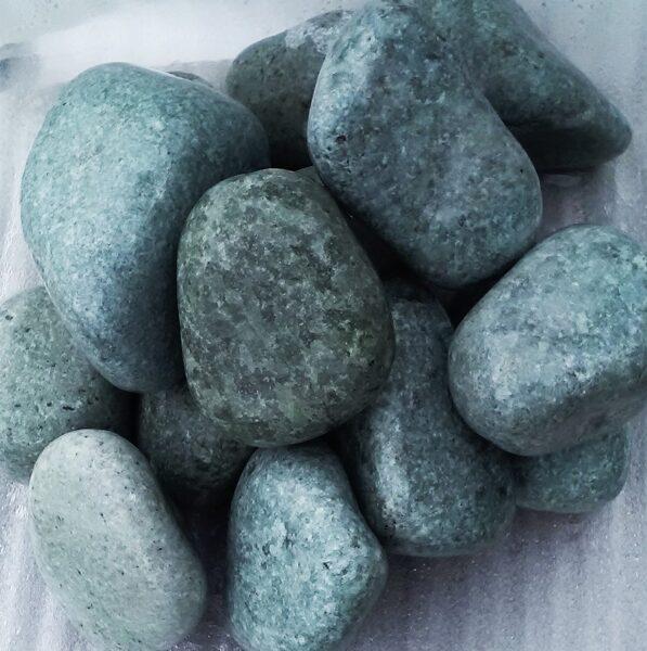 Slīpēts žadeīts (pirts akmeņi; 8 - 10 cm; 10 kg)